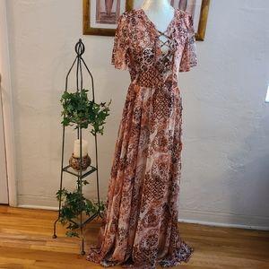 NWT Lulu's Maxi Dress